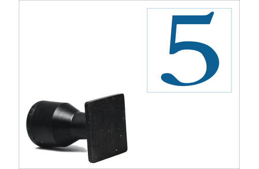 Простой штамп на пластике 30х30 мм, фото — «Реклама Феодосии»