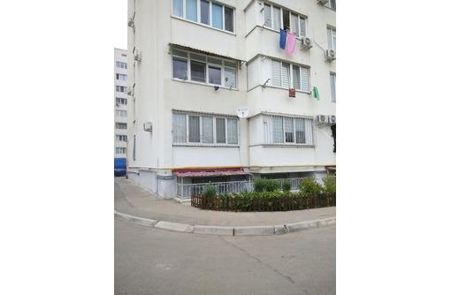 Продаётся полногабаритная 1-комнатная квартира 2/10 общая площадь 45,7м², индивидуальное отопление., фото — «Реклама Севастополя»