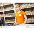 Thumb_big_seller-assistant-shop-positive-female-portrait-hardware-supermarket-store-61190256