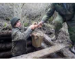 Ручная чистка выгребной ямы от ила, фото — «Реклама Партенита»