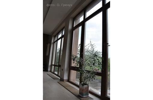Окна,  балконы, двери, витрины - быстро,  качественно,  недорого, фото — «Реклама Севастополя»