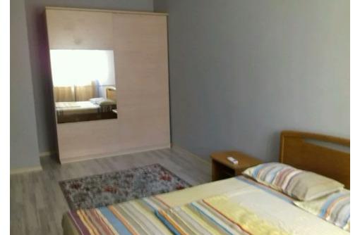 Сдается 2-комнатная, улица Меньшикова, 22000 рублей, фото — «Реклама Севастополя»