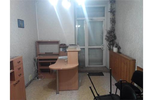 Аренда офисного помещения на Большой Морской (Центр города), 50 кв.м., фото — «Реклама Севастополя»