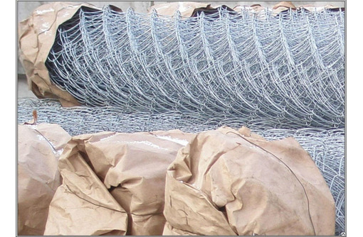 Сетка рабица оцинкованная, фото — «Реклама Коктебеля»
