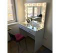 Гримерный стол, столик визажиста, туалетный столик,гримерное зеркало! - Мебель на заказ в Симферополе