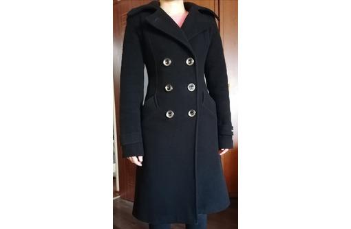Продам черное кашемировое зимнее пальто, фото — «Реклама Севастополя»