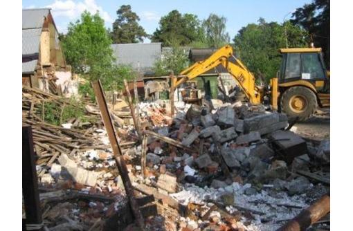 Вывоз мусора, хлама, грунта. Демонтаж. Быстро и качественно.Работаем 24/7, фото — «Реклама Севастополя»