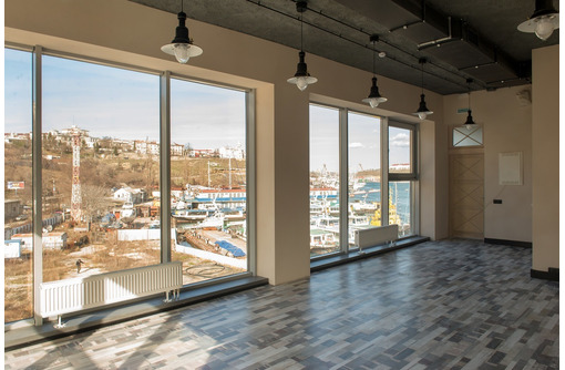 Офисное помещение в современном МФК класса А «Царская Пристань», фото — «Реклама Севастополя»