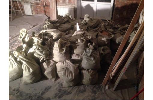 Вывоз мусора с дач ,домов гаражей ,коттеджей, фото — «Реклама Севастополя»