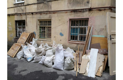 Услуги грузчиков: переезды, вывоз мусора, демонтаж, фото — «Реклама Севастополя»