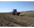 Услуги по глубокорыхлению почвы на глубину 55-70см в Крыму, услуги по вспашке земли трактором, фото — «Реклама Красногвардейского»