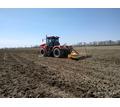 Услуги по глубокорыхлению почвы на глубину 55-70см в Крыму, услуги по вспашке земли трактором - Сельхоз услуги в Красногвардейском