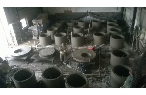 Бетонные кольца кс-10.9 днища; крышки для водопровода и канализации, фото — «Реклама Севастополя»