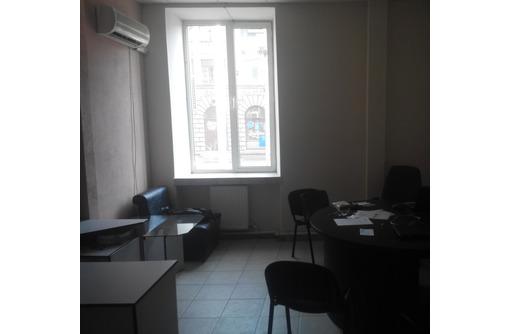 На первой линии ул Гоголя Сдается в Аренду - Меблированное Офисное помещение (Центр), площадью 41 м2, фото — «Реклама Севастополя»