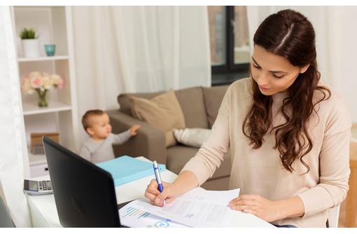 Менеджер по работе с заявками (Входящие), фото — «Реклама Феодосии»