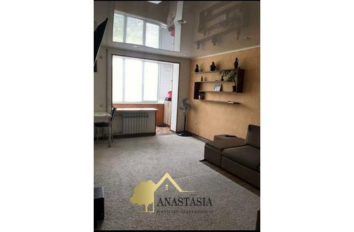 1 — Комнатная квартира  30 м²   2/5  ул: пр - к Победы д. 23, фото — «Реклама Севастополя»