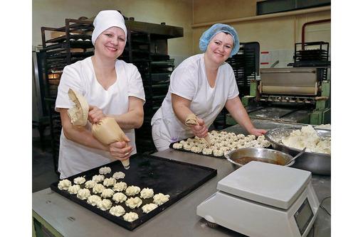 В кондитерский цех требуется формовщик печенья и булочек, зп от 30 000 руб., фото — «Реклама Севастополя»
