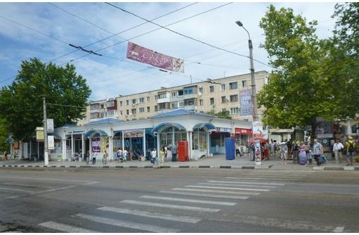 Первая линия, Аренда Торгового помещения в районе ост. Юмашева, общей площадью 70 кв.м., фото — «Реклама Севастополя»
