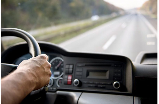 Требуется водитель категории «С», фото — «Реклама Севастополя»