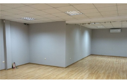 Аренда Торгово-Офисного помещения на ул Вакуленчука, 67,9 кв.м., фото — «Реклама Севастополя»