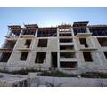 Продается недострой двух домов с квартирами. Расположен в Мирном (г.Симферополь), - Дома в Крыму