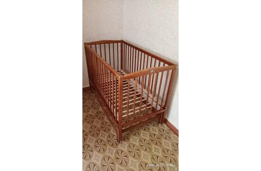 Кровать детская с матрасом, фото — «Реклама Севастополя»