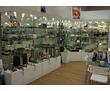 Витрины стеклянные, торговые островки, фото — «Реклама Севастополя»