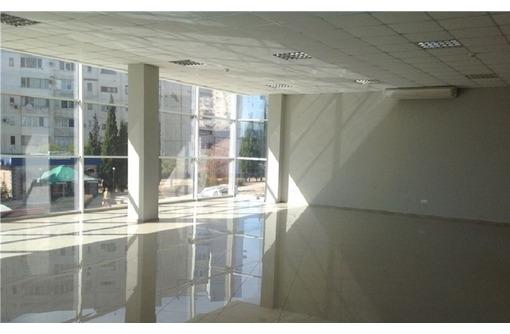 ПЕРВАЯ ЛИНИЯ - Торгово-Офисное помещение на ул Колобова, площадью 200 кв.м., фото — «Реклама Севастополя»