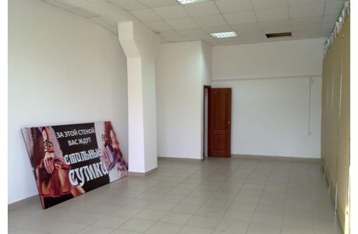 Первая линия в Центре на ул Адмирала Октябрьского, площадью  30 кв.м., фото — «Реклама Севастополя»