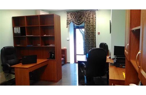 Первая линия - Меблированный Офис на Ленина, 29 кв.м., фото — «Реклама Севастополя»