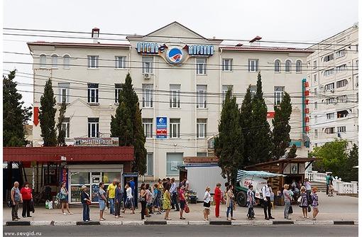 МЕГА_ТРАФИК! На Юмашева - Аренда Торгового помещения, площадью 6 кв.м., фото — «Реклама Севастополя»
