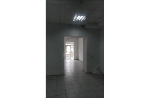 БОЛЬШАЯ МОРСКАЯ - Аренда Торгово-Офисного помещения, площадью 50 кв.м., фото — «Реклама Севастополя»
