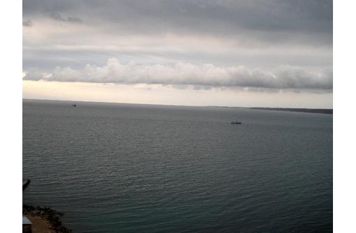 продам видовой участок  ИПХ  в собственности под коттеджи на берегу моря, фото — «Реклама Севастополя»