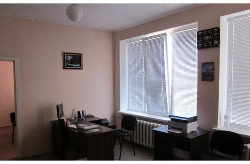 МЕБЛИРОВАННЫЙ Офис в районе ул Коммунистическая, площадью 25 кв.м., фото — «Реклама Севастополя»