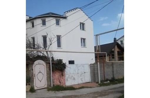 дом 280 м.кв.в  бухте Казачья,ул.М.Поливановой рядом с остановкой тсн ижс Ахтиар, фото — «Реклама Севастополя»