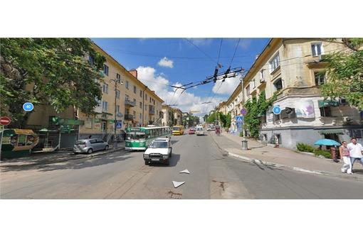 МЕГА ТРАФИК - Торгово-Офисное на Первой линии ул Адмирала Октябрьского, площадью 45 кв.м., фото — «Реклама Севастополя»
