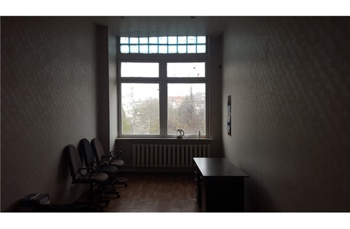 Двух-кабинетный офис на ул Коммунистическая, площадью 29 кв.м., фото — «Реклама Севастополя»