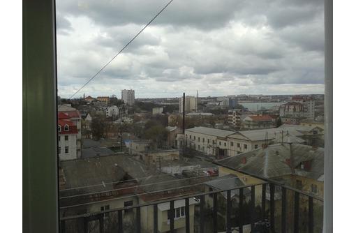 Сдам посуточно 2-комнатную квартиру Севастополь Центр ул. Генерала Петрова 2000р, фото — «Реклама Севастополя»
