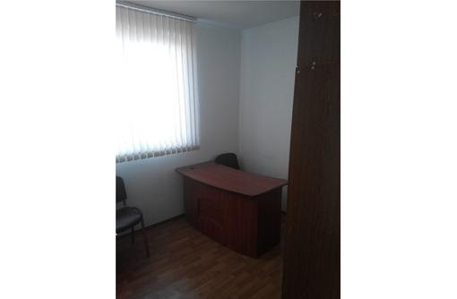 Офисный кабинет в Аренду на Пр Октябрьской Революции, площадью 12 кв.м., фото — «Реклама Севастополя»