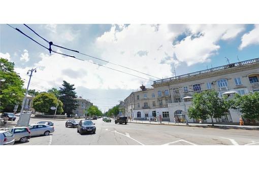 Сдам торговое помещение на ул.Большая Морская, фото — «Реклама Севастополя»