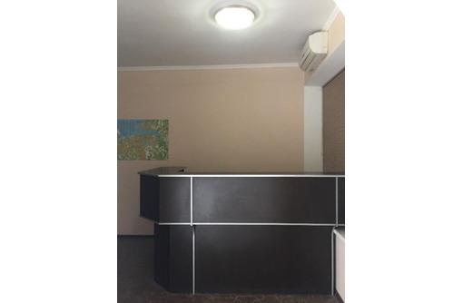 Меблированный четырех-кабинетный Офис на Пр Октябрьской революции, площадью 80 кв.м., фото — «Реклама Севастополя»