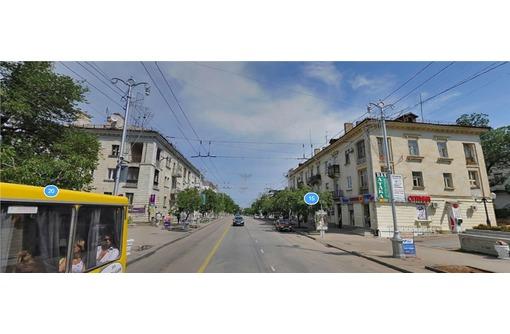 Сдам торговое помещение по адресу ул. Большая Морская 18 кв.м., фото — «Реклама Севастополя»