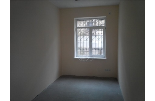 Кулакова - Аренда Офисного помещения в Центре города, площадью 17 кв.м., фото — «Реклама Севастополя»