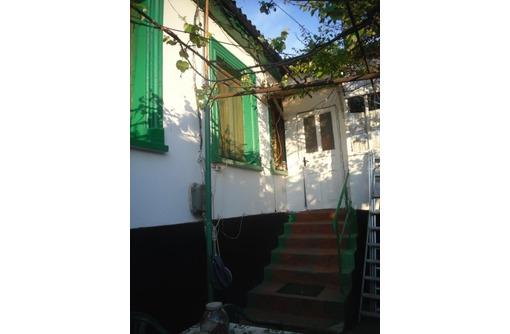 Продам часть дома рядом с морем,Северная сторона,2 комнаты и времянка,школа рядом,прописка,360000руб, фото — «Реклама Севастополя»