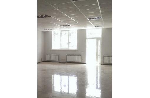 На Пожарова сдам торговое помещение 102 кв.м., фото — «Реклама Севастополя»