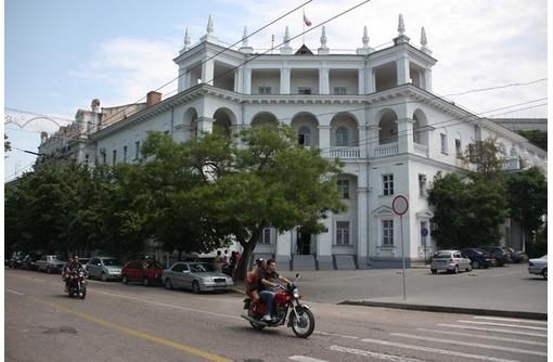Центр пр Нахимова - Аренда Многоцелевого помещения с Отдельным входом, первый этаж .площадью 50 кв.м, фото — «Реклама Севастополя»