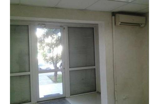 На Героев Бреста сдам офисное помещение 67 кв.м., фото — «Реклама Севастополя»