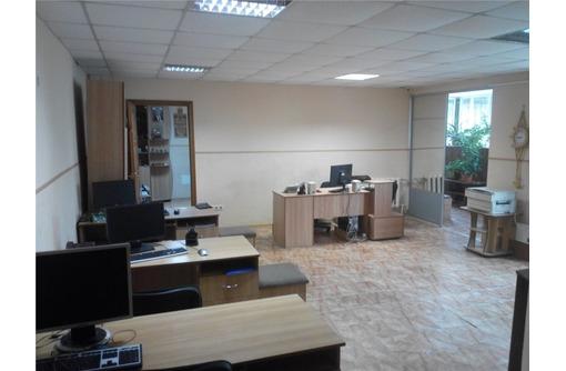 Меблированный 4-х кабинетный Офис в Ленинском районе, площадью 90 кв.м., фото — «Реклама Севастополя»
