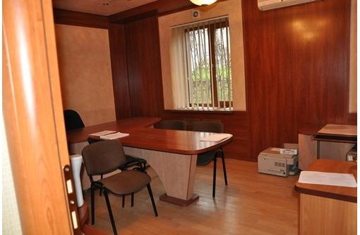 На Пожарова сдам офисное помещение 80 кв.м., фото — «Реклама Севастополя»