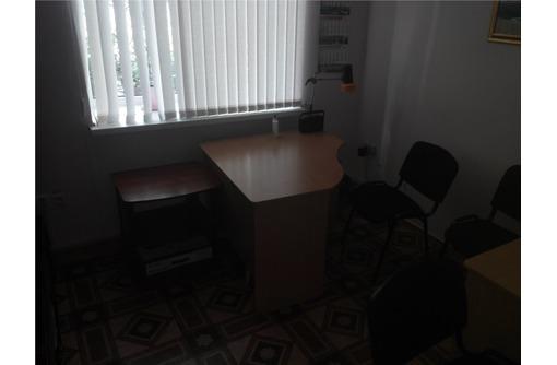 Центр - Аренда 2-х кабинетного Офисного помещения, площадью 24 кв.м., фото — «Реклама Севастополя»